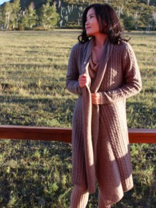 Cardigan en laine de yak. Collection Yourt cocooning.